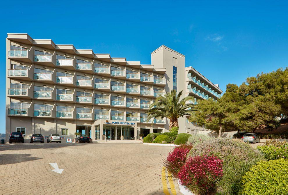 AKS Hinitsa Bay Hotel Είσοδος Ξενοδοχείου