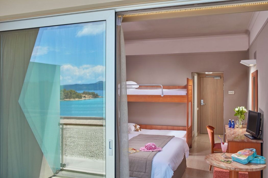AKS Hinitsa Bay Hotel Family standard room with bunk and sea view