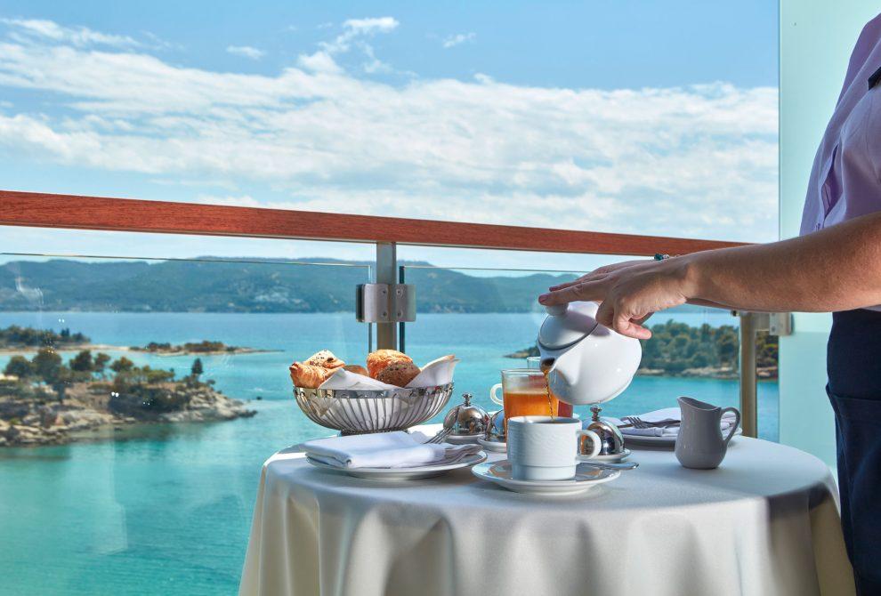 AKS Hinitsa Bay Hotel Executive suites