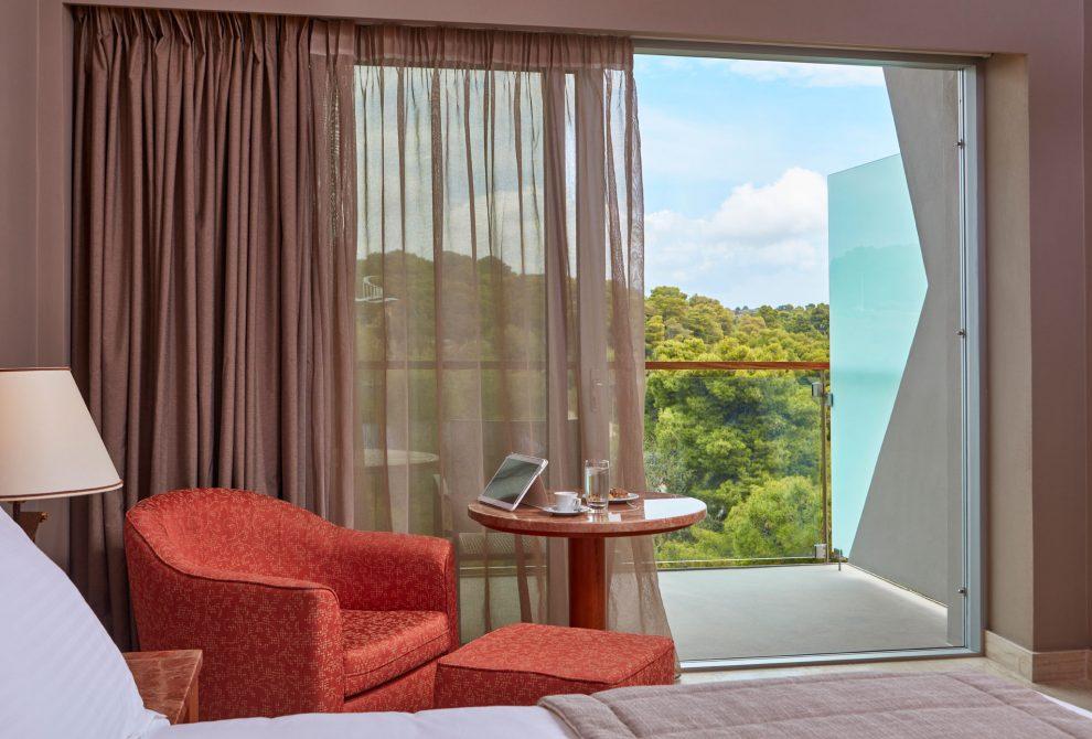 AKS Hinitsa Bay Hotel Standard δωμάτιο με θέα βουνό