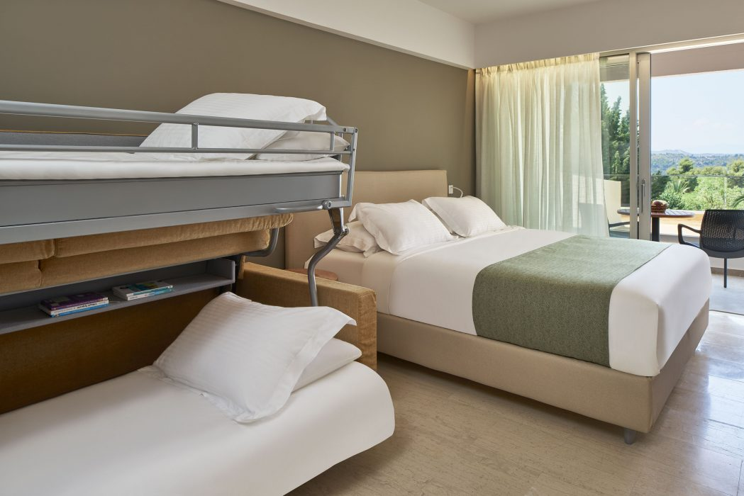 AKS Porto Heli Hotel Οικογενειακό δωμάτιο με θέα κήπο