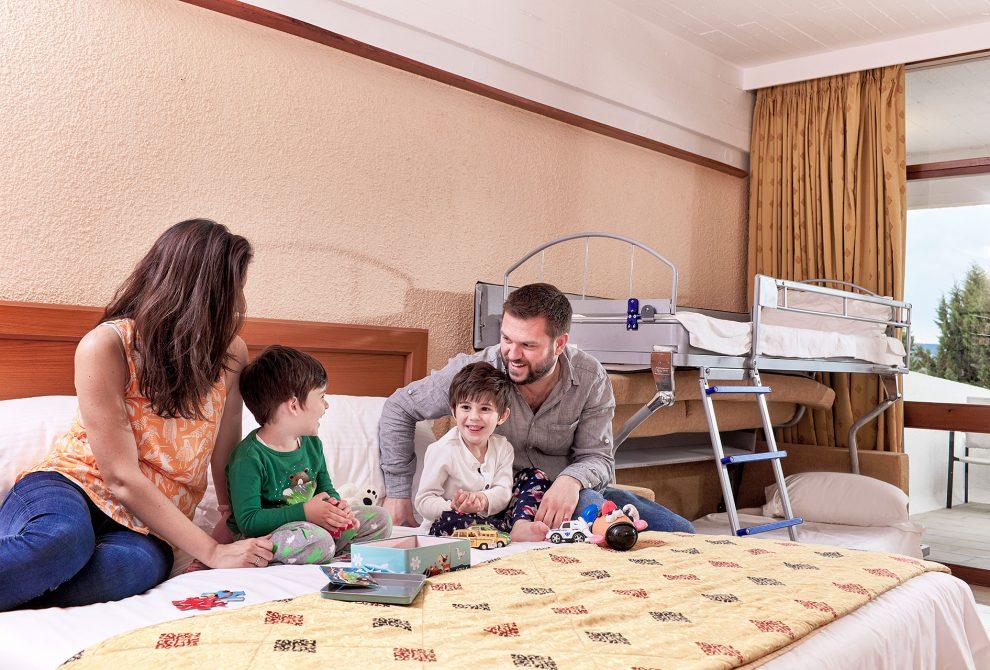 AKS Porto Heli Hotel Οικογενειακό standard δωμάτιο με κουκέτα και θέα θάλασσα