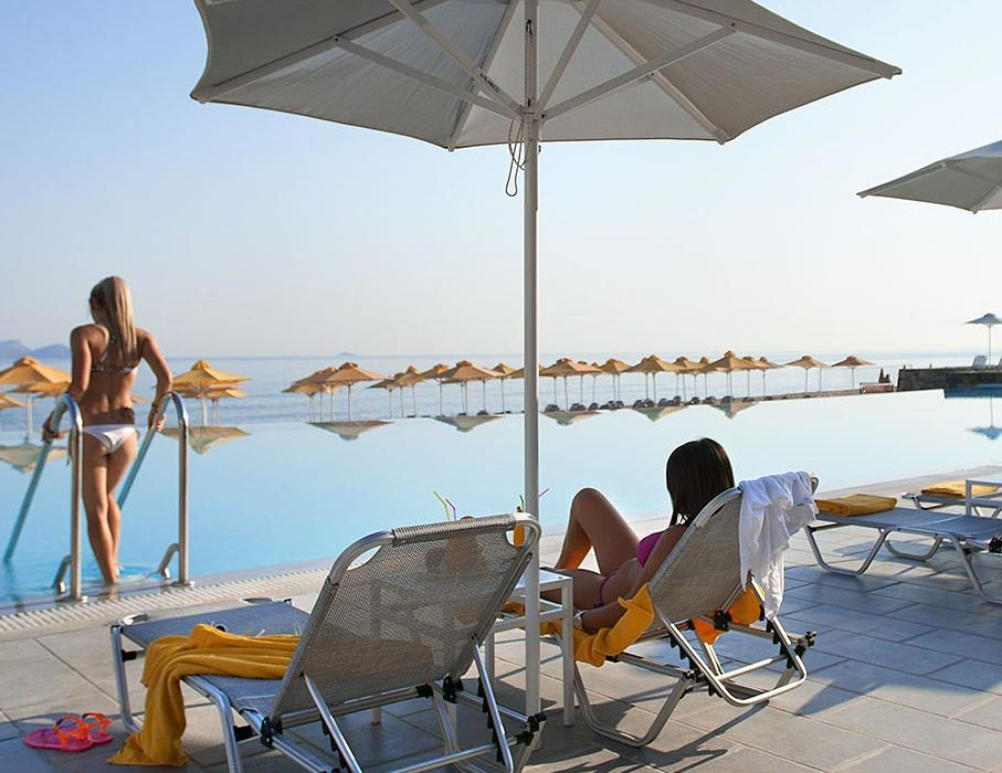 ACTIVITIES At AKS Minoa Palace you have a plethora of activities to pursue for making your family holidays
